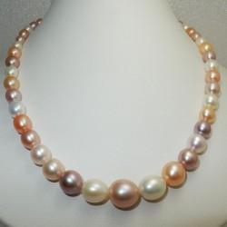 Girocollo Perle multicolor coltivate acqua dolce certificate in Oro bianco 18 kt - 750 %