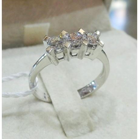 Trilogy anello in oro 18 kt con brillanti naturali ct tot 0,63 trilogy diamanti